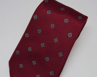 Wembley All Silk Red and Gray Diamond Pattern Tie