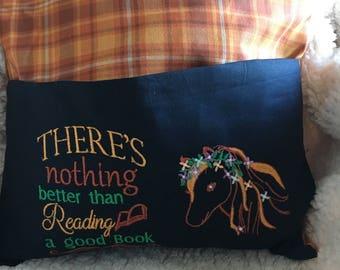Horse reading cushion