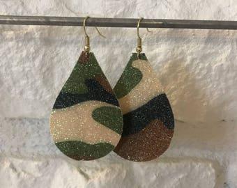 Camo glittered faux earrings