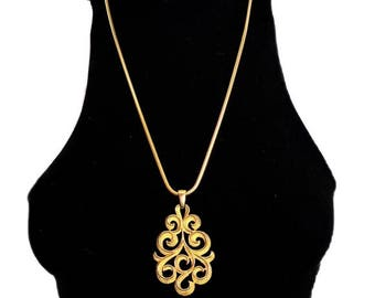 VINTAGE 1960s Crown Trifari Gold Scroll Pendant Snake Chain Necklace