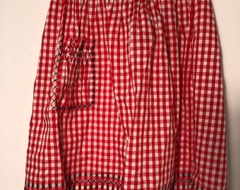 Vintage 1950s Cotton Kitchen Apron Red White Black Picnic Gingham