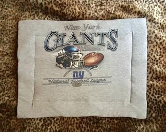 Cat/Small Dog Bed Upcycled NFL NY Giants t-shirt