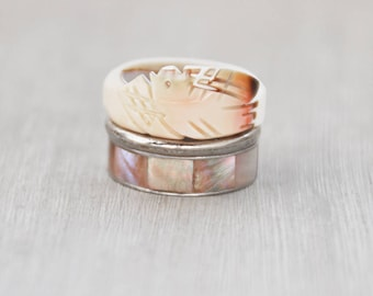 3 Vintage Beachy Band Rings - carved seashell bird, inlaid mop shell, silvertone stacking rings - natural summer beach jewelry - Size 6.75