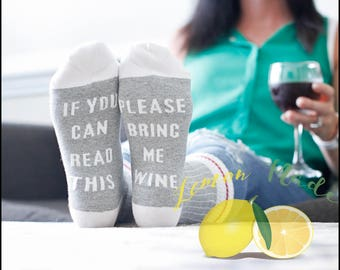 Wine Socks  If you can read this please bring me wine light gray socks