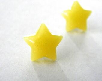 Yellow Star Post Earrings Stud Earrings 13mm