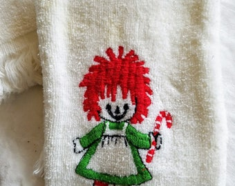 Pair (2) Vintage Raggedy Ann Christmas Hand Towels, by Sayco