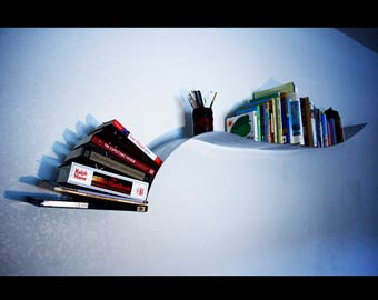 Curvy floating wall bookshelf