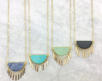 Semi-Circle Stone & Fringe Necklaces | Natural Stones | Gold Plated | Boho Style | Bohemian