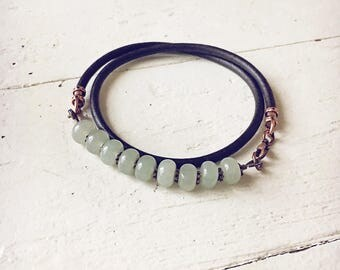 Aventurine leather wrap bracelet // choker // unisex bohemian beaded style jewelry // mens or womens // handmade //earthy rustic //versatile