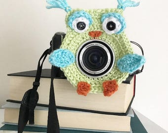 Camera lens buddy.  Crochet camera critter owl  Photography prop