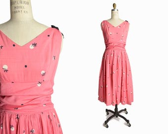 Vintage 1950s Asian Print Party Dress in Coral Pink / Mid Century Dress - women's small/medium