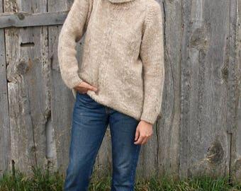 Vintage Hand Made Knit Turtleneck Sweater