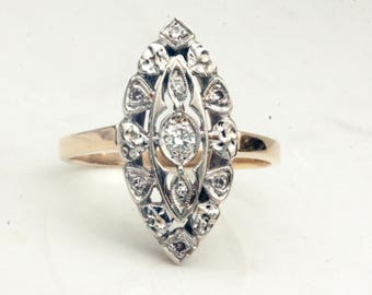 Vintage Midcentury 1940s Navette Style Diamond Ring set in Solid 14k White and 14k Yellow Gold, Size 7
