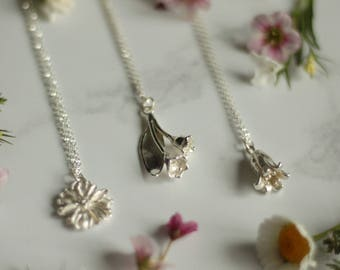 Silver harebell necklace, bell flower necklace, harebell necklace, flower jewellery
