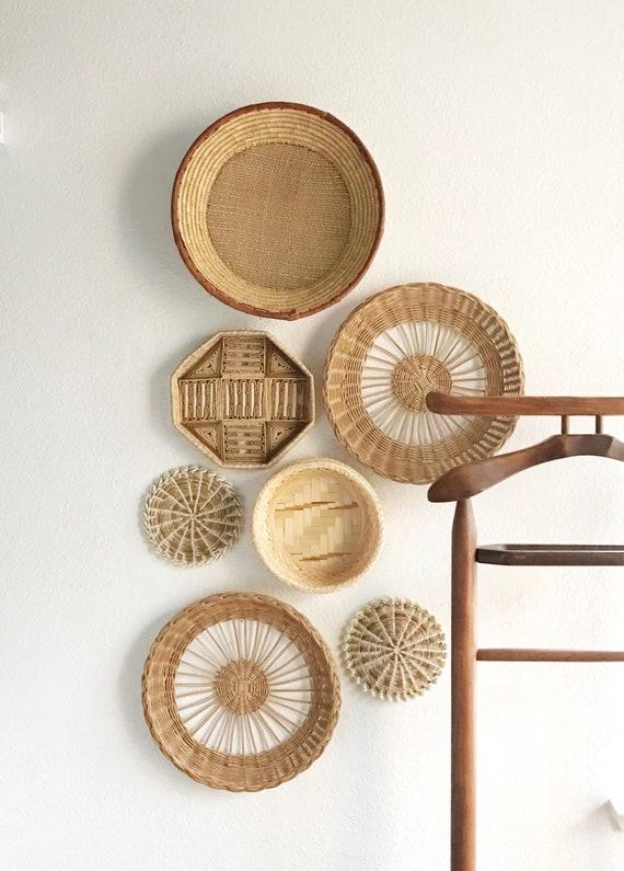 set of 7 woven wicker rattan seashell trivets wall hanging baskets