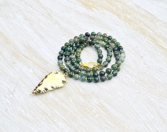 Green Moss Agate Necklace // Gold Arrow Necklace // Long Layer Necklace // Green Gemstone Necklace // Green Agate // Layering Necklace