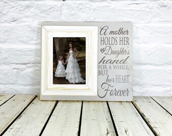 Mother of the Bride Gift, Thank You Gift, A Mother Holds Her Daughters Hand, Mother of the Bride Gift, Personalized Picture Frame