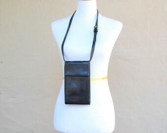 Vintage Black Leather Tusk Crossbody Wallet Tri Fold Case Purse Shoulder Bag ID Card Holder Travel Organizer Biker Satchel Classic Hipster
