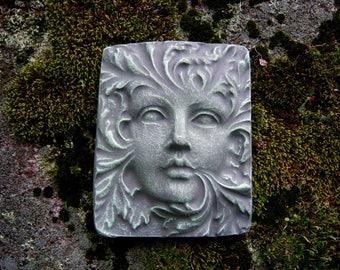Perfect Green Woman Face, Green Man Face, Hanging Garden Plaque, Garden Face, Garden