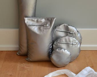 Five Shimmery Silver Waterproof Vinyl Photo Props for Positioning Baby, Bundled in a Sack