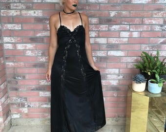 VTG 70's GOTH Black Lace Plunging Back Maxi Nightgown