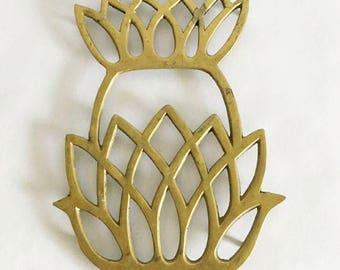 Large Brass Pineapple Pot Trivet / Kitchen Decor