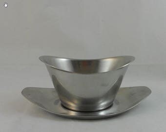 WMF Cromargan Stainless Gravyboat with Detached Underplate
