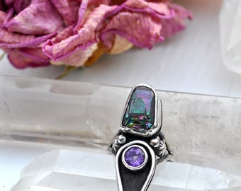 Close Encounters of the Third Kind Ring // Rainbow Titanium Quartz Crystal Crystal + Faceted Amethyst Gemstone Statement Ring