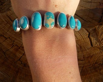 Stunning turquoise bracelet 5 1/2''
