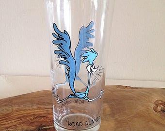 Vintage Road Runner Looney Tunes Glass 1973