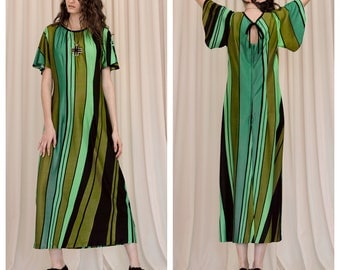 vintage 70s graphic stripe print caftan butterfly sleeve maxi dress