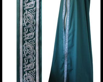 """High Quality Unisex Dark Green Cotton Cloak with Satin or Polycotton lining and 1"""" Biting Beasts Medieval Trim. LARP Medieval Costume NEW"""