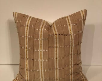 SALE !! 22 inch ASO-OKE African mudcloth pillow cover/ Yoruba pillow
