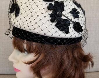 Vintage Women's White & Black Veiled Felt Hat