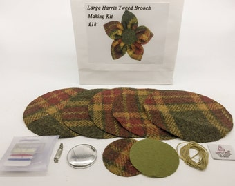 Large Olive, Gold and Red check Harris tweed brooch making kit