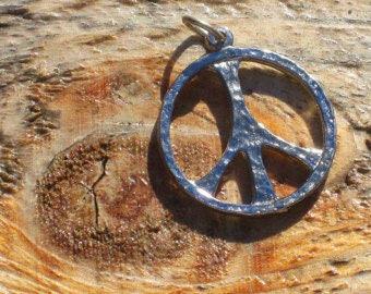 Vintage 70s Peace Sign Necklace Pendant