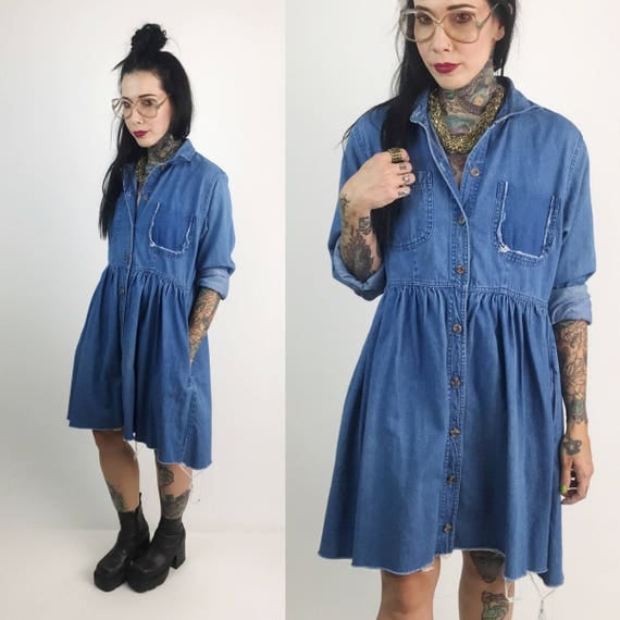90's Button Front Denim Babydoll Dress Medium - Frayed Hem VTG Short Dress With Pockets - Baggy Vintage Distressed Slouchy Cotton Fall Dress