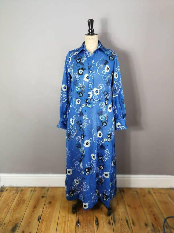 Blue 70s maxi dress / long sleeve retro long dress / soul train / boho 70s winter dress / blue white button up maxi / festival dress / UK 14
