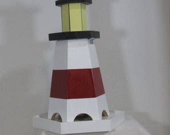 Lighthouse Feeder #701