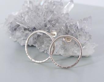 BULLES Earrings - Sterling Silver earrings - Hammered Silver - Medium Hoops