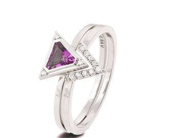 Triangle Bridal Set, Art Deco Engagement Ring, White Gold Bridal Set, Amethyst Diamond Ring, Triangle ring, Halo ring, purple ring, r021