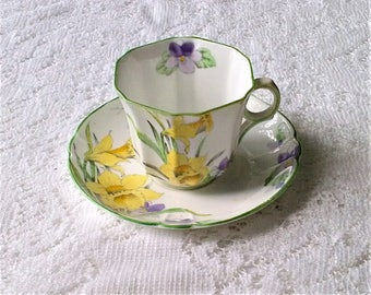 Melba Spring Daffodil Floral Fine Bone China Tea Cup and Saucer - Made in England