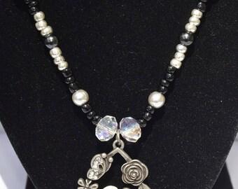 Silver & Black Flower Pendant Bead Necklace