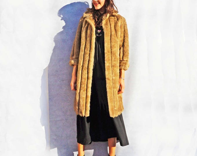 Long Faux Fur Coat, Vintage Fur Coat, Fake Fur Coat, Cream Fur Coat, Vegan Fur Coat, Winter Coat, Long Winter Coat, Long Fur Coat, Boho Coat