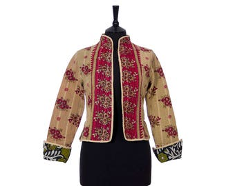 KANTHA JACKET - X Small - Short style - Size 8 - Beige and Red. Reverse mixed panels.