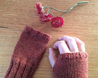 Wrist Warmers / Winter Wife Gift / Red / Hand Warmers / Winter Gloves / Gift for Her / Gift for Wife / Arm Warmers / Knit Gloves / Burgandy