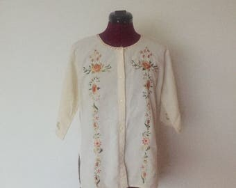 80's Cream Embroidered Tunic Top Quarter Length Sleeves size M L