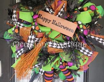 Wicked Witch Halloween Wreath, Halloween Decoration, Door Hanger, Wreath for Door, Front Door Wreaths, Witch, RAZ