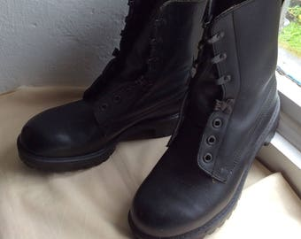 Vintage Black leather work boots size UK 7 EU 40 US 9