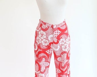 red and white psychedelic print bellbottom pants vintage 1960s-1970s